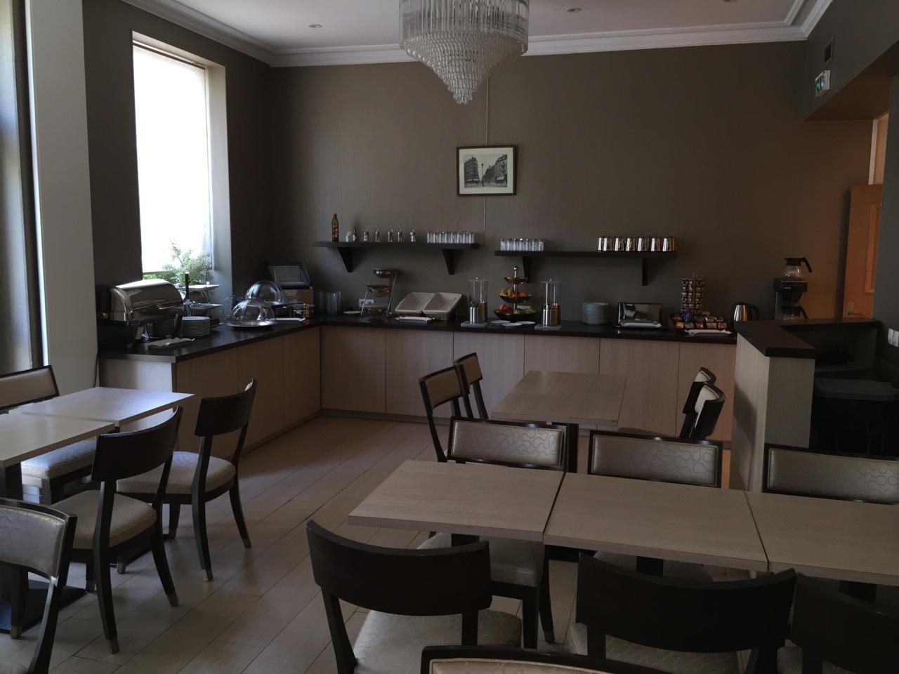 salle petit déjeuner friedland